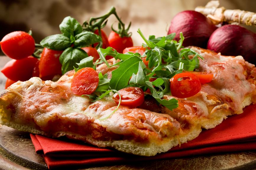 La pizza napolitaine recettes de pizza - Veritable pate a pizza ...